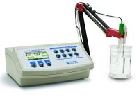Máy đo pH/ORP/ISE hai kênh để bàn Hanna HI 3222