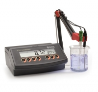 Máy đo pH/ORP để bàn Hanna HI 2211-02