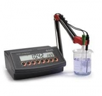 Máy đo pH/ORP để bàn ba điểm hiệu chuẩn Hanna HI 2213-02