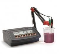 Máy phân tích pH rượu để bàn Hanna HI 2222-02
